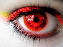 """Fotoğraflardaki """"Kırmızı Göz"""" Neden Olur?"""